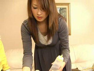 Japānieši av modele nepieredzējošas dzimumloceklis