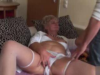 Amatore anale gjysh - shumë e ndyrë!