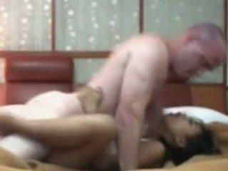 אינדונאזי עוזרת בית having ראשון זמן סקס עם לבן זין