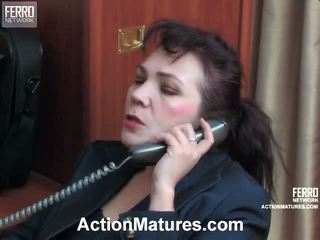 Lillian és lewis piros kívánós senior akció