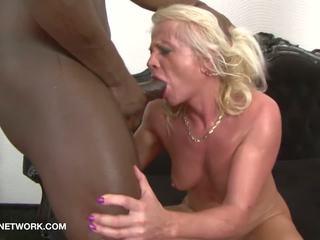 blonde, grannies, sex în trei