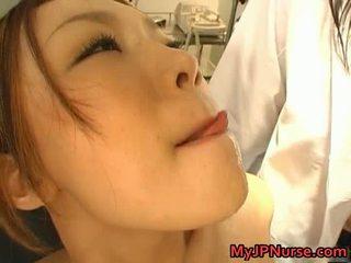 Мръсен азиатки медицинска сестра likes секс