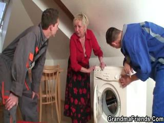 Sensuous senior pleases two repairmen