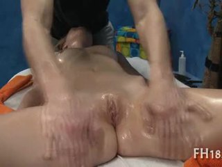 Gal gets alle holes banged