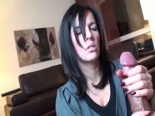 Golpe e punhetas slow - um ejaculação compilação