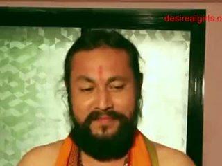 Szexi indiai aunty exposing neki meztelen test és szexi dekoltázs hogy kap fasz