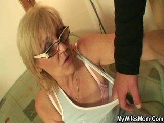 Muito velho grannys getting fodido em vídeo