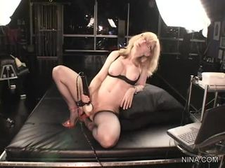 Nina hartley в glbutts мати a vibrassieretor ебать