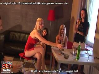 Mengen van speelfilmen van student seks parties