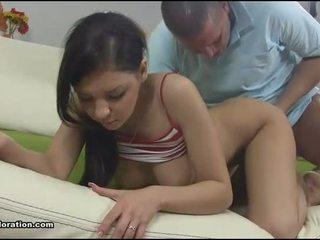 перший раз, мінет, порно відео