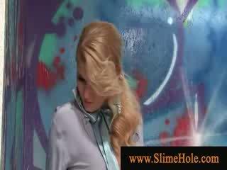 Sperma loving blondine nat van speelbal lul slime