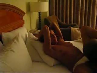 Romantic рогоносец filmed от съпруг видео