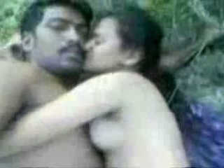 Tamil couples seksi outdoors