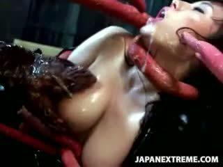 Ravished door een tentakel monster