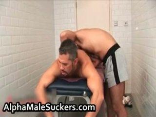 Heet homo hardcore neuken en zuigen 43 door alphamalesuckers