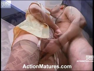 mature porn, live sex young and older, older and yuong sex pics