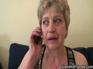 Otäck grandmother gets par pork daggers