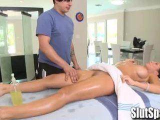 Rachel starr seduced během masáž - slutspa.com