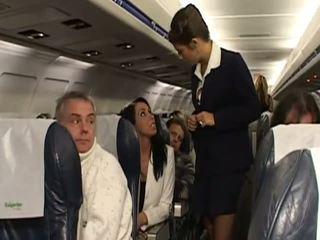 Σκληρά σεξ με πολύ Καυτά stewardesses