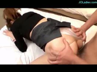 Krūtainas birojs dāma getting viņai vāvere fucked sejas masāža par the gulta