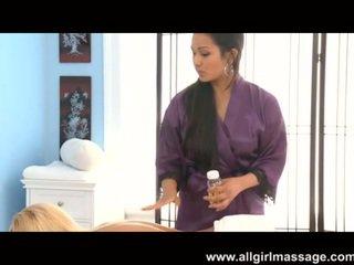 Lana Violet climatic massage