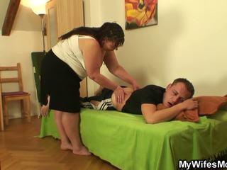 Buclatý girlfriends maminka pleases ho, volný porno 78