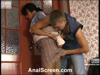 Barbara 和 patrick 角质 肛交 夹