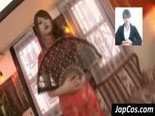 Magrinha asiática geisha gets teased