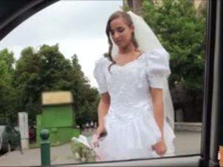 חם כלה fucks לאחר failed חתונה