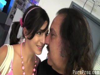 Alt mann licking younge muschi