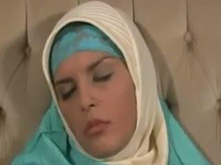 Horney arab ragazza