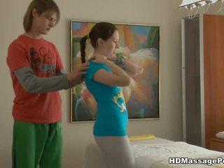 Matainas vāvere massaged un filled ar dzimumloceklis
