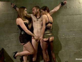 Oustanding meat pinne dude dominated i dame dominering och pegging prestanda av 3 nymphs