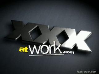 Xxx tại công việc: cutie kasey như thư ký quickie giới tính với coworker