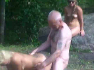 Ulf larsen & tīņi uz park