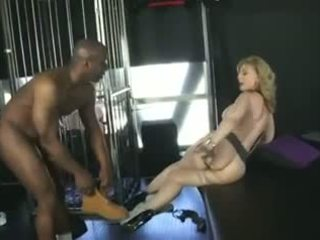 Nina hartley الأسبانية voices