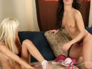 Sexy Big Boobed Amy Reid Loving The Way This Babe Gets Her Tots Sucked By Her Friend