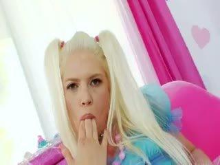 Blondie anāls acrobat ar brutālie pakaļu