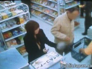 Aziati having sex v lôžko v youtube v videá