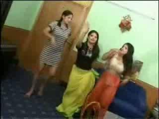 Naken arab jenter video