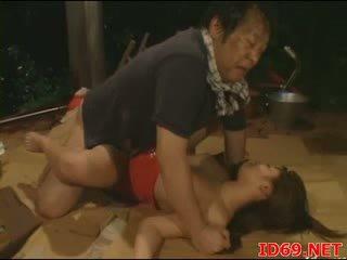 Jap av μωρό gets pulled έξω για σεξ
