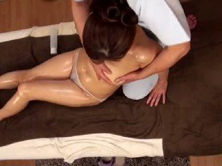 Unwanted orgasm în timpul masaj