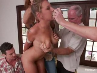 Youngster lizzy london has fucked by ýaşy ýeten lads