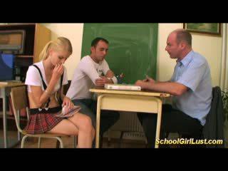 Miang/gatal nakal gadis sekolah dalam liar bertiga