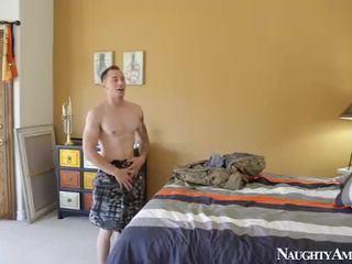 브루 넷의 사람, 하드 코어 섹스, 좋은 엉덩이