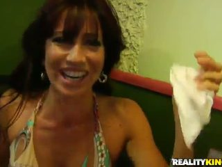 Crotch Licker Is Shafting A Divine Milf In Her Place