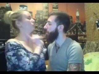 Sexy bjonde hairjob dhe hairbun gjatë qime qime bun: porno f5