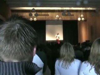 Norwegisch h.s. mädchen running für klasse präsident st