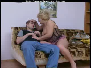 גדול יפה אישה רוסי בוגר rosemary רוסי spunk shots בליעה