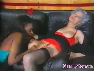 vecenīte, melns un ebony, lesbiete